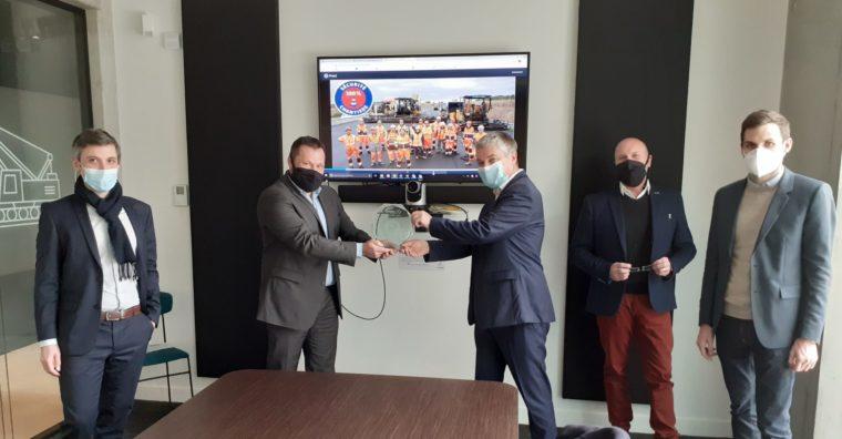 Illustration de l'article Pour sa réalisation du chantier de l'A83 en Vendée, l'entreprise Charier reçoit le trophée MOZA