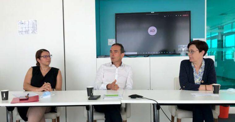 Marie JOSSO, présidente de Saint-Herblain Ouest Entreprises, Arnaud COLIN, président de l'Adic et Nelly BARREAU, présidente de l'Association Brais Pédras Entreprises, ont témoigné des principales problématiques actuellement rencontrées par les entreprises de Loire-Atlantique.