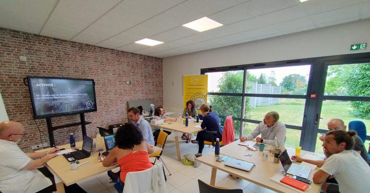 Illustration de l'article Le Petit bain ou les méthodes de l'accélérateur de start-up La Cabine appliquées aux entreprises vendéennes